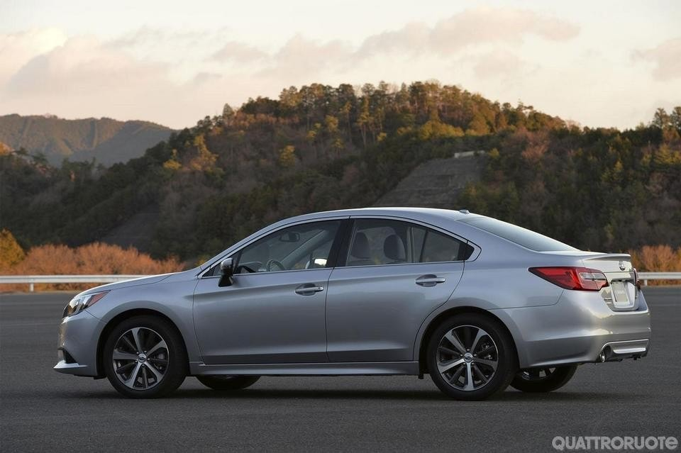 Subaru Legacy (2014)