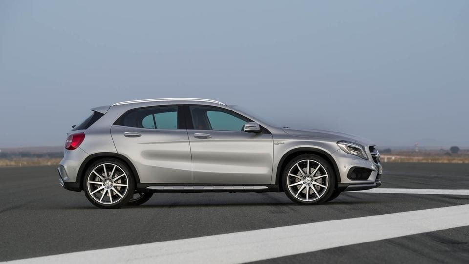 2014 Mercedes Benz Gla 45 Amg Front Side Pictures to pin on Pinterest
