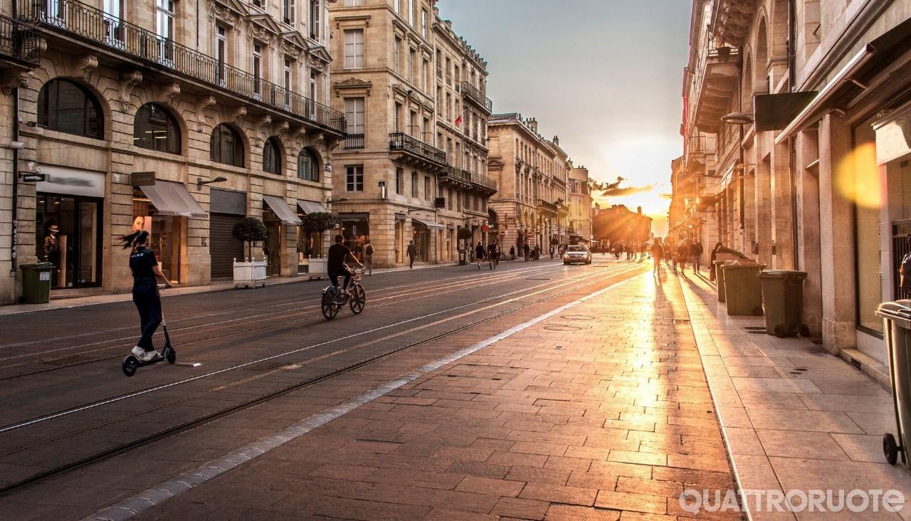 Micromobilità - Boom della condivisione: in Italia 86 servizi attivi e 67 mila mezzi
