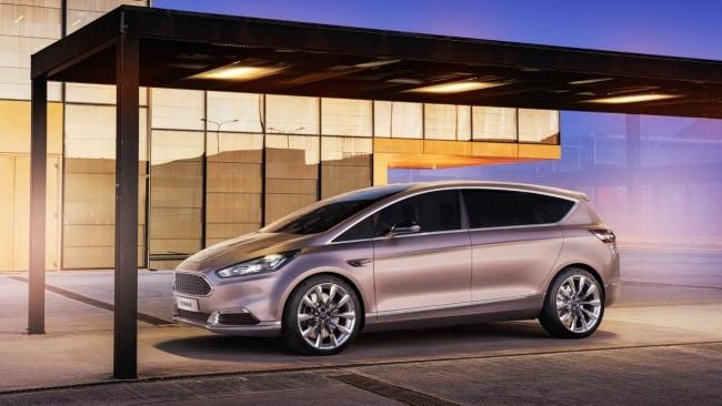 Salone del Mobile La Ford presenta la S-MAX Vignale Concept