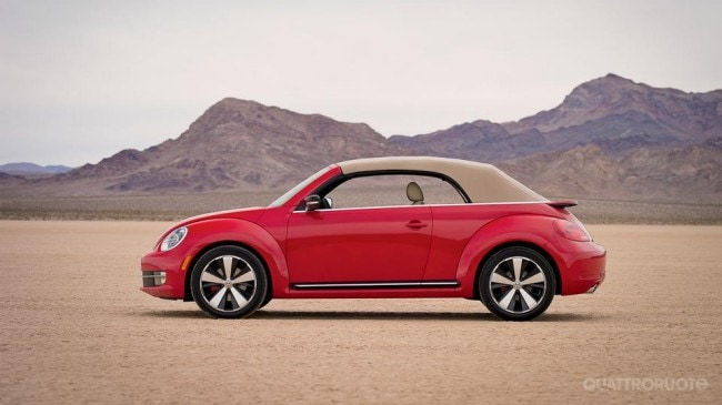 Volkswagen al motor show i prezzi del maggiolino cabriolet quattroruote