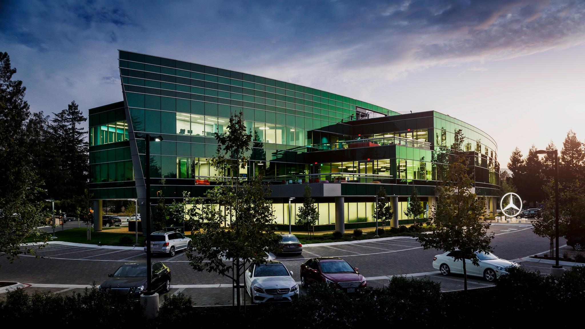 Mercedes benz vent anni nella silicon valley per studiare for Mercedes benz research development north america