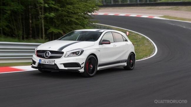 Mercedes benz a 45 amg il test drive sulla pista di for Mercedes benz marion il
