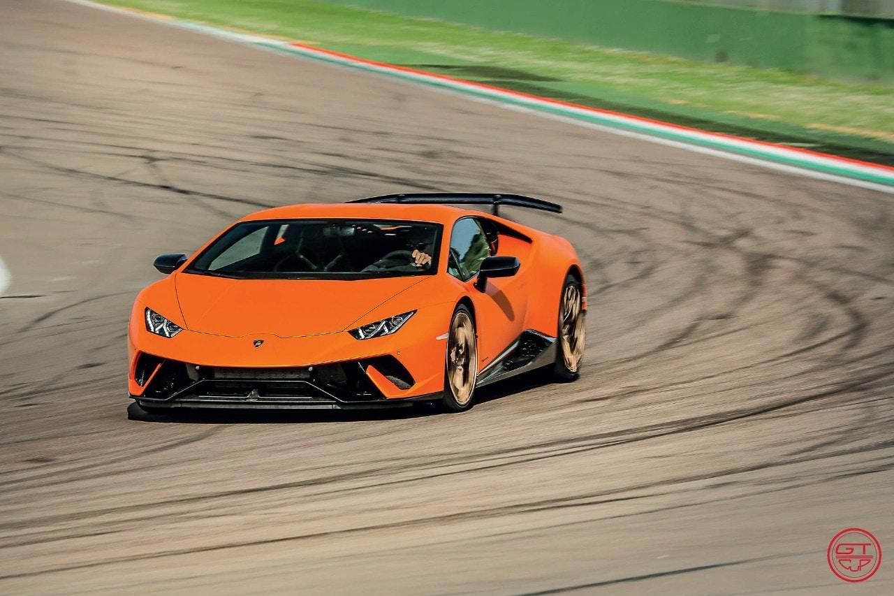 Lamborghini Huracán Performante - Le aerosupercar sono arrivate