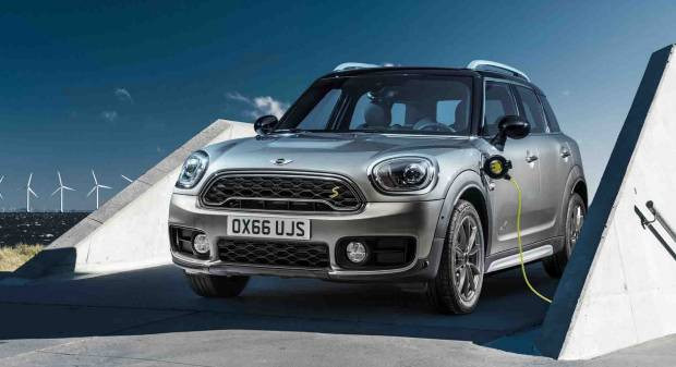 Mini Cooper S E Countryman ALL4 (2016)