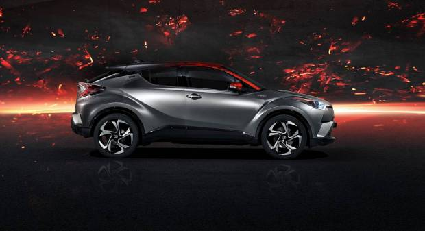 Toyota C-HR Hy-Power Concept (2017)