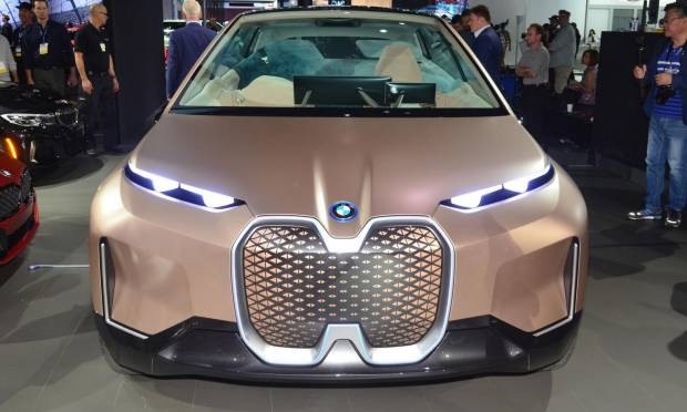 BMW Vision iNext (2018) - FOTO LIVE