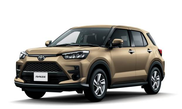 Toyota: In Giappone Debutta La B-Suv Raize