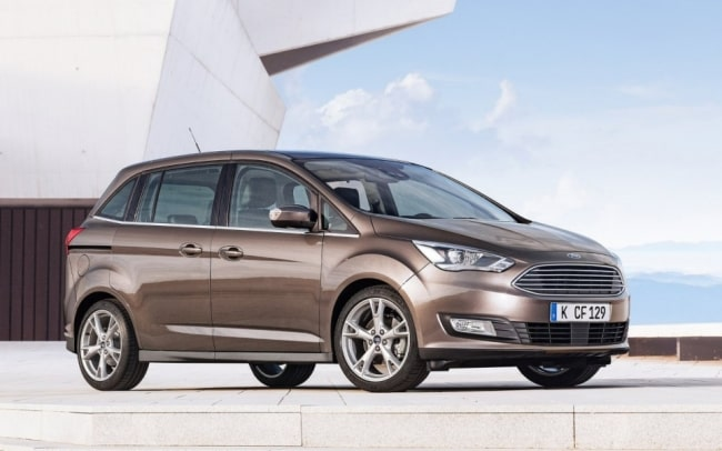 Ford C Max Business Si Rinnova Il Listino Dell Allestimento