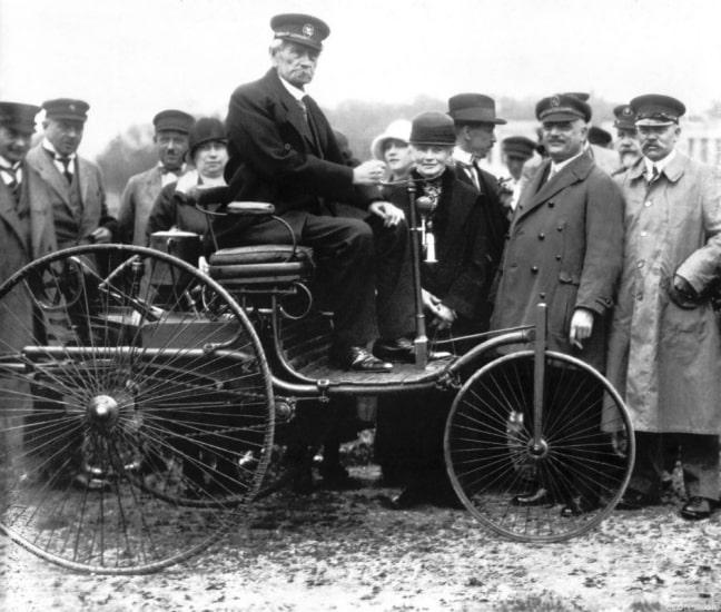 The World S First Automobile The Benz Patent Motorwagen: 130 Anni Fa Il Brevetto Della
