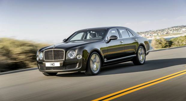 Bentley Mulsanne Speed A Parigi la berlina di lusso da 537 CV