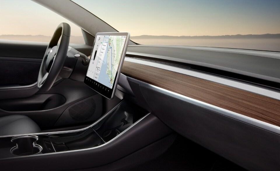2017-Tesla-Model3-5