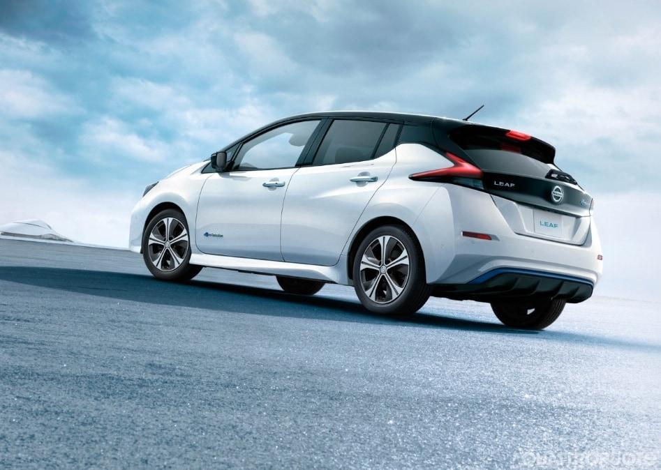 2017-Nissan-Leaf-6