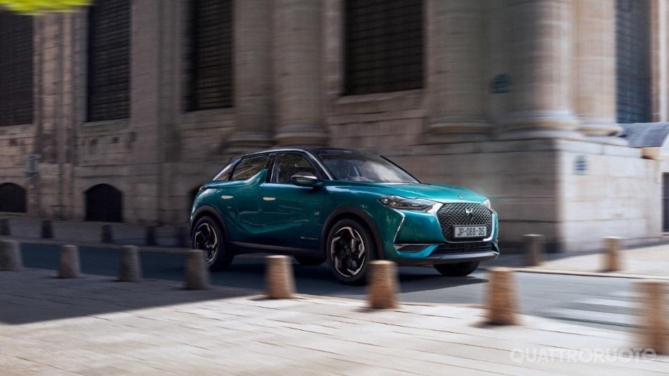 2018-DS3-Crossback-3