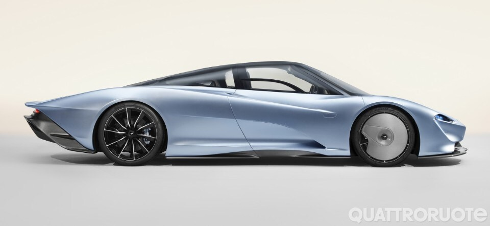2018-McLaren-Speedtail-002