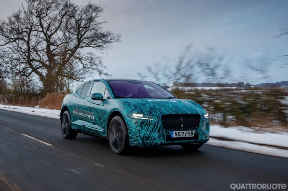 2017-Jaguar-iPace-29