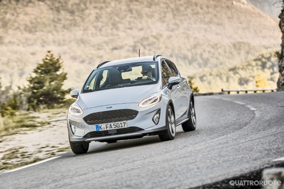 2018-Ford-Fiesta-Active-07