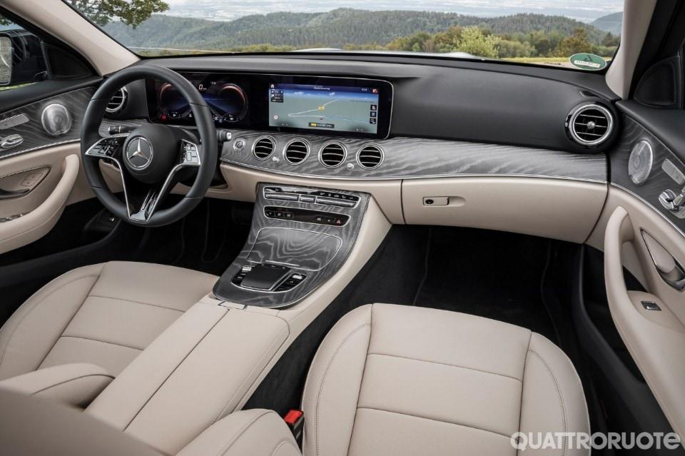 2020-Mercedes-Benz-E-300-de-14