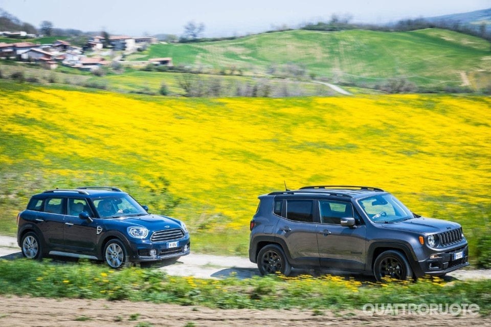 2018-Jeep-Renegade-vs-Mini-Countryman-8