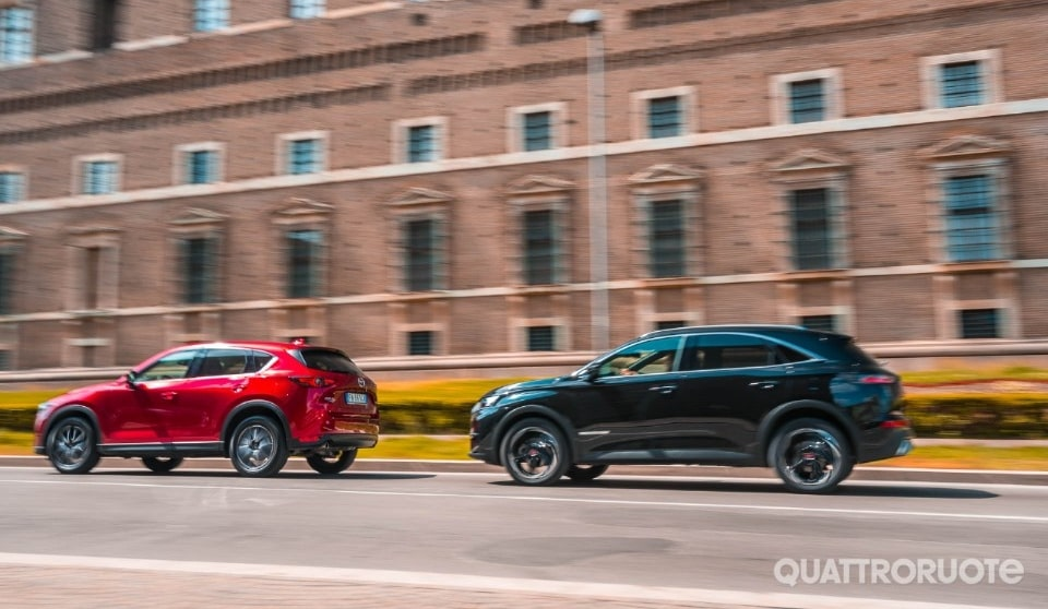 2018-DS7-Crossback-vs-Mazda-CX5-29