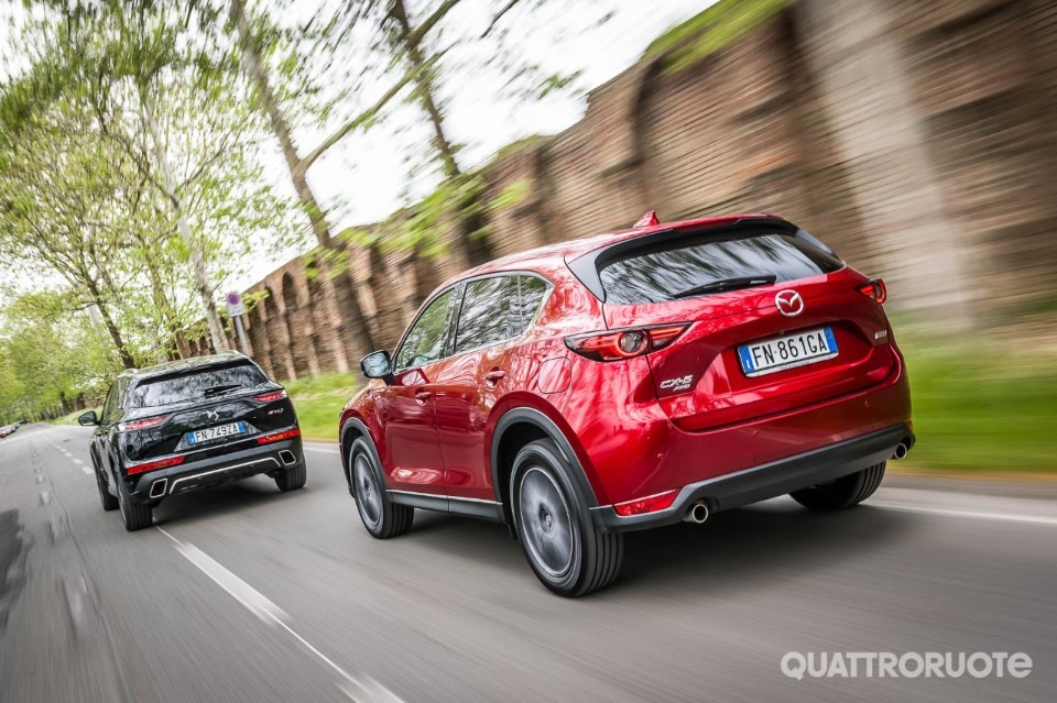 2018-DS7-Crossback-vs-Mazda-CX5-6